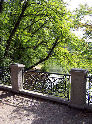 Picture: Bridge at the Pagodenburg Lake